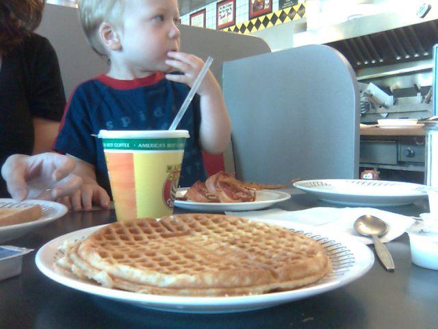waffle-breakfast2